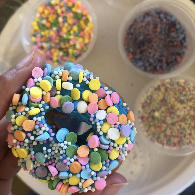 Sundae Donuts - a literal party in a box!